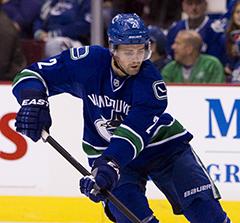 Dan Hamhuis hockey statistics and profile at hockeydb.com